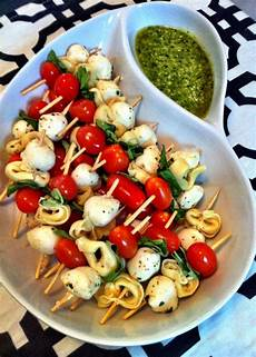 easy appetizers for a crowd whenever we are invited to