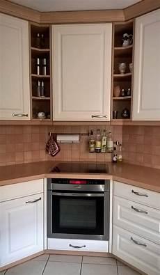 küche l form mit insel sch 227 182 n k 227 188 che im landhausstil the office