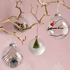 boules de noel transparentes à décorer 10 diy ornaments you can make in 5 minutes