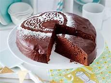 billige kuchen geburtstagskuchen rezepte f 252 r den gro 223 en tag kuchen