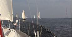 segeln auf der elbe g 252 nstig buchen in wedel