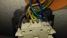 5 adriges kabel anschließen steckdose wie hat der elektriker die steckdose angeschlossen hilfe