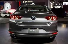 2019 mazda 3 sedan top speed