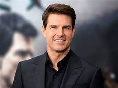 tom cruise tom cruise is hesitant to find love again source says