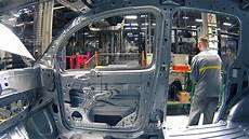 usine renault nouveau kangoo z e produit 224 l usine renault de maubeuge