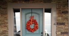 i chose valspar s woodlawn juniper in gloss for my front door this pop of color is just