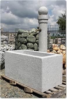springbrunnen aus stein steinbrunnen aus granit brunnen gartenbrunnen steinbrunnen