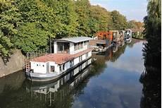 hausboot in hamburg kaufen bildarchiv hamburg foto neugebaute hausboote auf dem