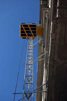Monte Charge De Chantier Transport Mat 233 Riaux Electroelsa