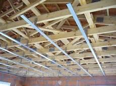 fixation plafond placo mise en place placo pl 226 tre vid 233 o 1