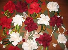 fiori in panno a me piace cosi fiori in panno e cordoncini in