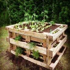 Paletten Streichen Garten - die 25 besten paletten blumenkasten ideen auf