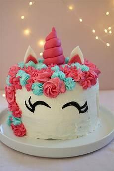 decorazioni torte con panna montata 1001 idee per torte di compleanno particolari per tutti i gusti