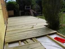 construire une terrasse en palette se d 233 barrasser de construire une terrasse