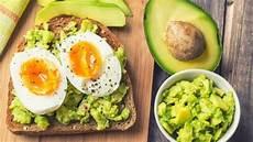 alimenti con colesterolo cattivo 7 alimenti combattono il colesterolo cattivo e