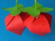 basteln im sommer erdbeeren basteln im sommer basteln gestalten