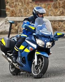 Un Motard De La Gendarmerie Perd La Vie Lors D Une Course