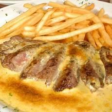 cafe de sauce un s entercote cafe de steak with herb butter