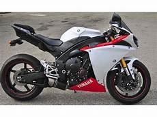 buy 2009 yamaha yzf r1 on 2040 motos