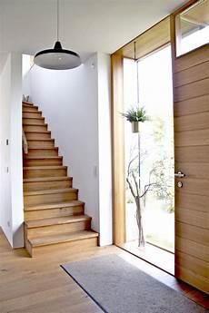 Wandgestaltung Flur Mit Treppe Moderens Whondesign