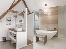 une salle de bain en blanc et bois salle de bain blanche