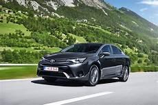 Der Neue Avensis Toyota Schnurrer Autohaus Schnurrer
