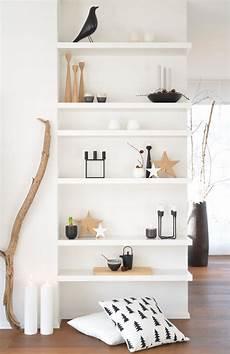 schlicht minimalistisch wohnen regal und