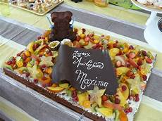 G 226 Teau D Anniversaire Brownies Aux Fruits Viviane Oz