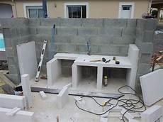 béton pour terrasse extérieure cuisine construction d un barbecue sur mesure terrasse