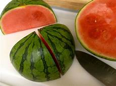 melone kunstvoll schneiden fresh fruit platter for a crowd