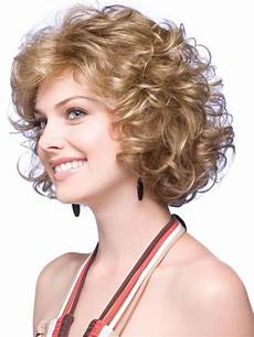 16 charming short hairstyles for curly hair with photos