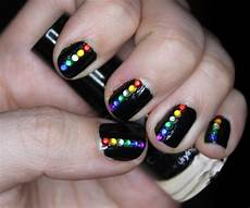 the sleepy jellyfish nail art 4 rainbow gems