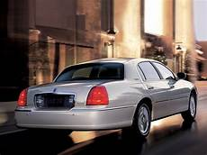 how to learn everything about cars 2007 lincoln mkz navigation system lincoln town car 2007 2008 2009 2010 2011 autoevolution