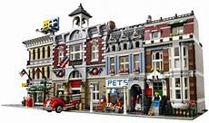 the 16 lego 10218 creator pet shop set toyathlon