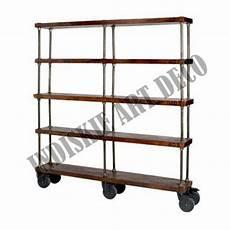 scaffale con ruote industriale scaffale con ruote di legno vintage libreria