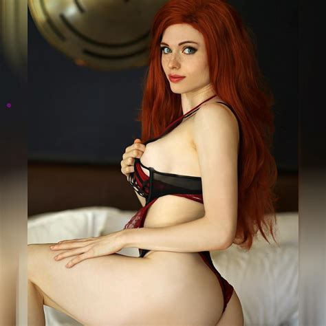 Amouranth Sexy