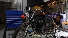 Bengkel Motor Custom by Mengintip Bengkel Kreatif Motor Custom Gaya Tempo Co