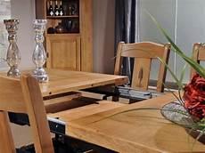table ovale avec rallonge chene massif table de repas rustique en ch 234 ne massif format oval avec