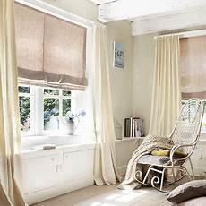 raffrollo wohnzimmer passende raffgardinen f 252 r das