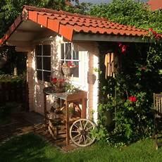 Gartenhaus Rustikal L 228 Ndlich Dekoriert Gartenhaus