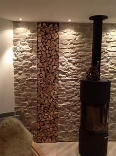 Wandgestaltung Stein Selber Machen - schwedenofen kunststein lajas gris kamin mit steinoptik