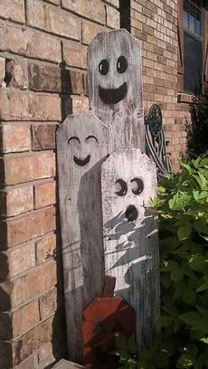Wood Decorations Outdoor by 125 Cool Outdoor Decorating Ideas Digsdigs