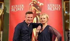 Andy Knoll Und Katharina Stra 223 Er Moderieren Romy Gala