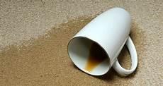alte flecken aus teppich entfernen kaffeeflecken entfernen die besten tipps chip
