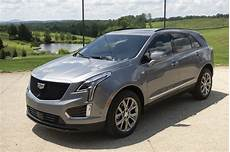 2020 cadillac xt5 adds more standard tech new base engine