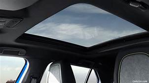 2020 Peugeot E 2008 EV  Panoramic Roof HD Wallpaper 19