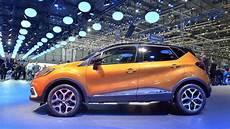2017 Renault Captur Facelift Gets Led Headlights