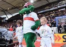 Vfb Fritzle Ausmalbild Pz News Und Enbw Suchen Einlaufkinder F 252 R Vfb Stuttgart