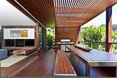 Balkon Sichtschutz Ideen - balkon sicht und sonnenschutz aus holz home balkon