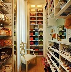 Wandfarbe Aus Klamotten - 25 unglaubliche beispiele f 252 r ankleidezimmer